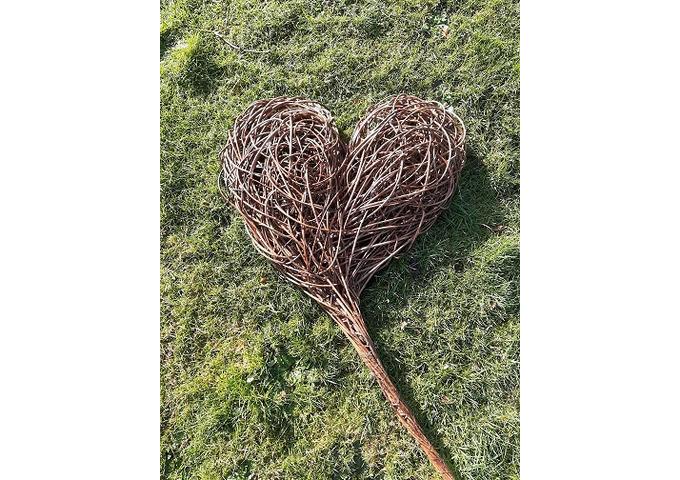 Rustic Willow Heart Workshop