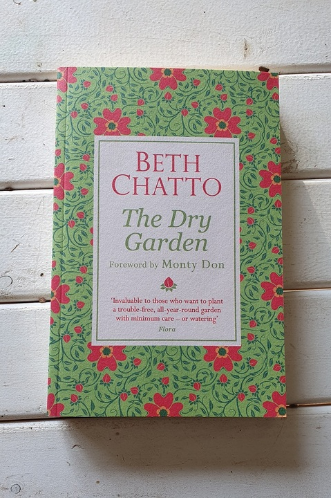 Beth Chatto The Dry Garden
